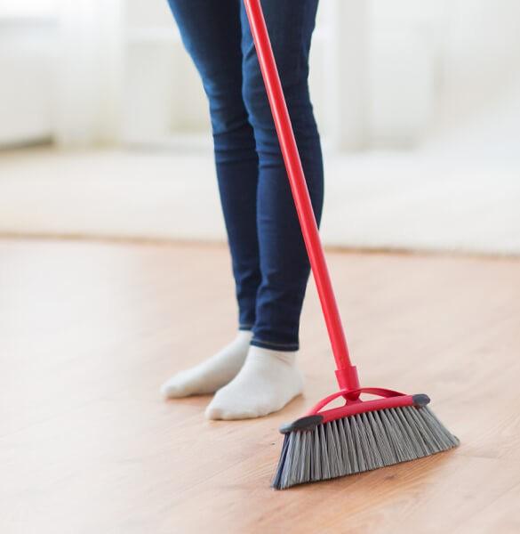 Sweeping laminate flooring | All Floors Design Centre